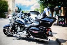 motorcycles-825754__340.jpg